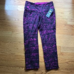 NWT - OLD NAVY ACTIVE - Women's athletic leggings